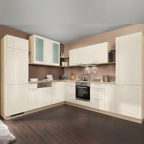 Landhausküche ohne Elektrogeräte 275x315 cm