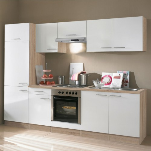 Schränke, Arbeitsplatte Und Einbauspüle Als Küchenblock In